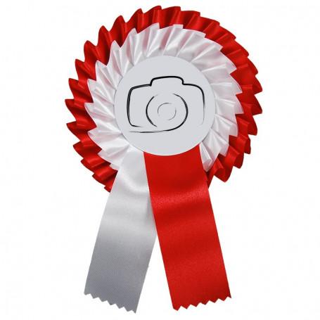 Cotillion blanc et rouge avec son propre logo