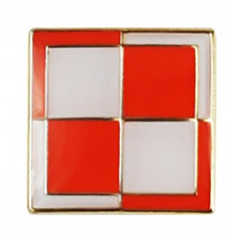 Przypinka flaga szachownica