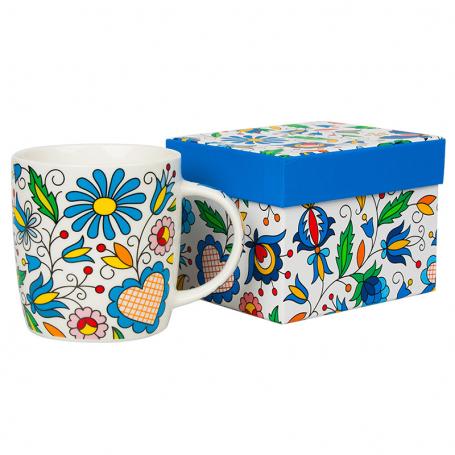 Taza en una caja en flores populares de Kashubian bordado